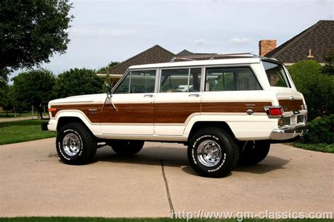 classic jeep wagoneer lifted jeep wagoneer limited jeep pinterest the white
