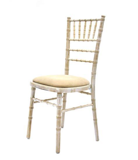 gold chiavari chairs hire what is a chiavari chair be event hire