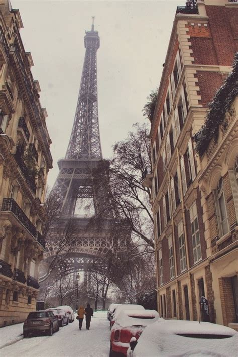 eiffel tower  winter pictures   images