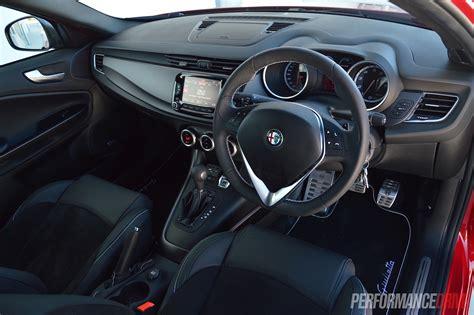 Alfa Romeo Interior by 2015 Alfa Romeo Giulietta Qv Review Performancedrive