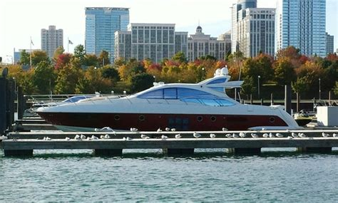 Pontoon Boat Rental Chicago by Chicago Boat Rentals Yacht Charters Getmyboat