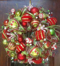 1000 images about Christmas mesh wreaths on Pinterest