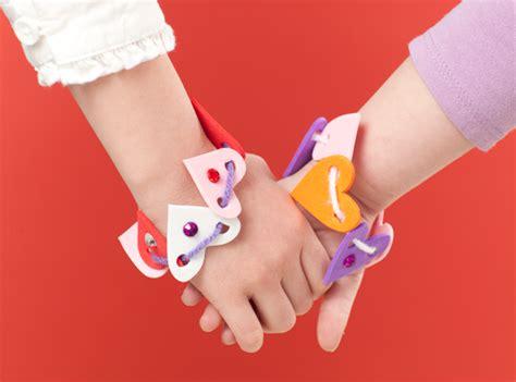 Kitchen Organization Ideas - shaped friendship bracelets and takes