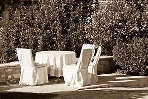 Housse Table De Jardin : housse table de jardin crit res de choix et prix ooreka ~ Teatrodelosmanantiales.com Idées de Décoration