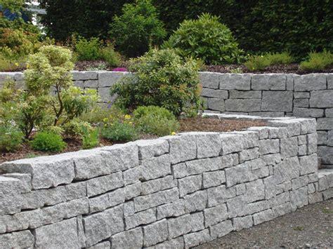 Garten Beete Und Terrassen  Gestaltet Mit Granit