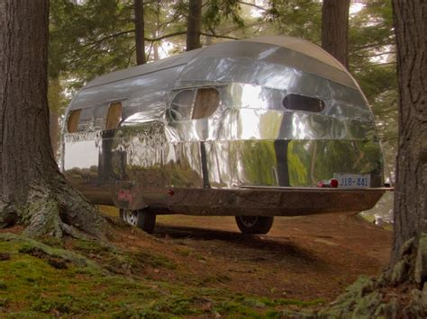 bowlus road chief compact aluminum trailer