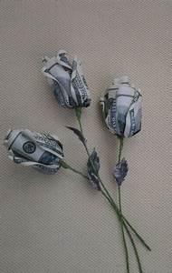 Blumen Aus Geld Basteln : die besten 17 ideen zu geld falten blume auf pinterest geldschein falten blume blume aus geld ~ Bigdaddyawards.com Haus und Dekorationen