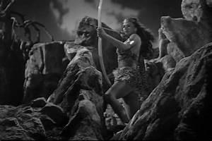 Tarzan and the Amazons (1945) - Review | Mana Pop