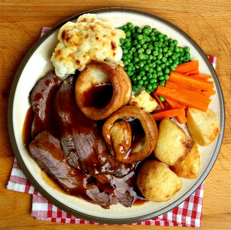 Roast Beef with Onion Gravy and Mustard Yorkies   A ...
