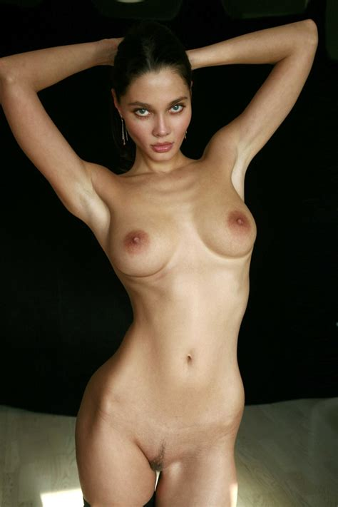 masha erotic nude mike dowson 48 redbust