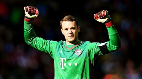 Manuel Neuer saves sluggish Bayern against upset-minded ...