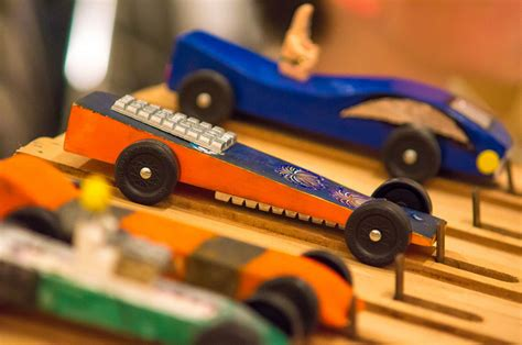 Pinewood Derby by 4 Must Follow Tips To Make A Winning Pinewood Derby Car
