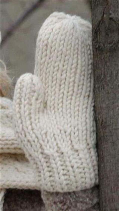 warm wool mittens  knitting patterns favecraftscom