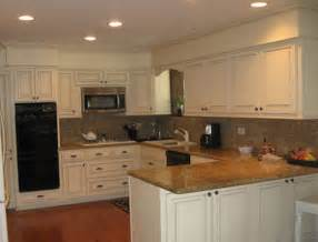 best 25 kitchen soffit ideas on pinterest soffit ideas crown molding kitchen and home depot