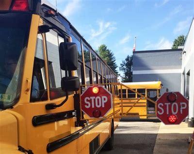school arm district school pilot sees 89 dip in stop arm violations safety school fleet