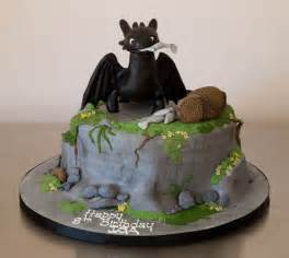 toothless cake topper isa 39 s toothless fury cake one of my friends