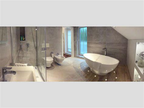 Badezimmer Ideen Mit Eckbadewanne by Badezimmer Idee Barletta Freistehenden Badewanne