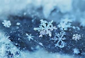 blue, snow, snowflake, winter - image #112827 on Favim.com