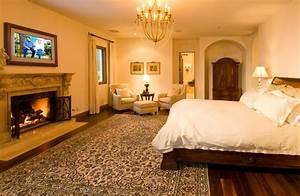 Romantic Master Suites to Love California Home