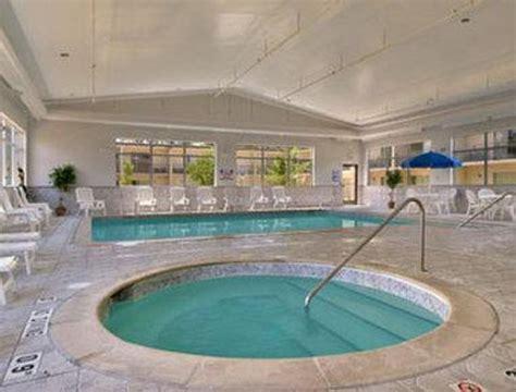 Pool  Picture Of Days Inn Ann Arbor, Ann Arbor Tripadvisor