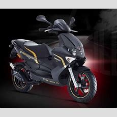 2013 Gilera Runner 50  Motorcycle Review @ Top Speed