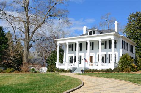plantation home designs 40 plantation home designs historical contemporary