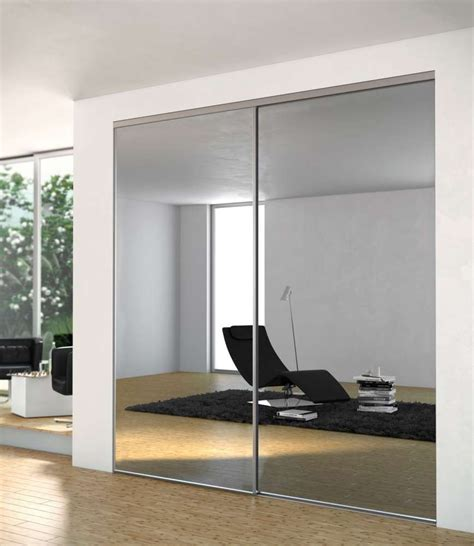 chambre tapisserie dressing porte placard sogal modèle de porte de