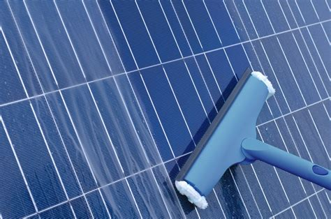 solar panel cleaning  ontario cleaner windows