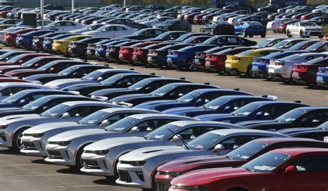 Toyota Dealerships In Michigan by Gm Halts Operations At 11 Michigan Plants After Utility S