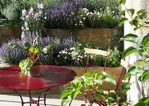 Mediterrane Gärten Bilder : mediterrane terrasse gestalten worauf kommt es an tipps bilder und beispiele ~ Orissabook.com Haus und Dekorationen