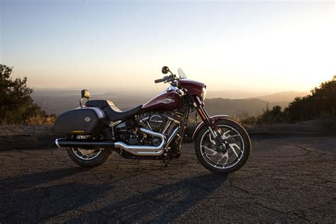 Review Harley Davidson Sport Glide by Harley Davidson Reveals Sport Glide Soft Visordown