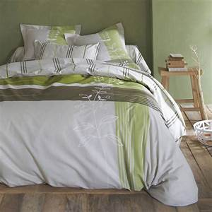Decorer une chambre avec des produits bio femmezinefr for Chambre à coucher adulte avec housse de couette chanvre bio