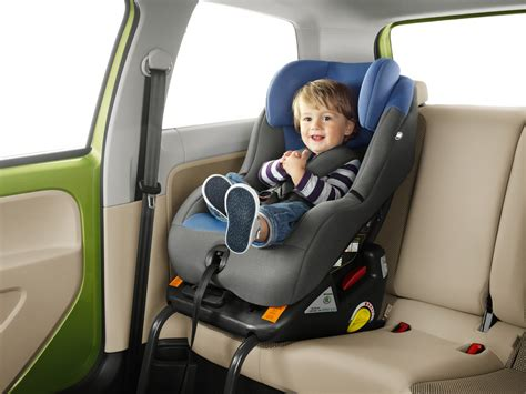 rear facing siege auto isofix