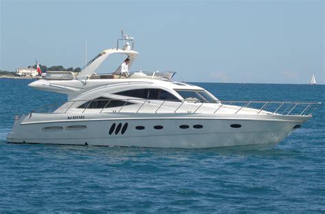 Boat Show 2017 Katilimci Listesi by Sealine T60 Location Yacht Location Bateau Cannes