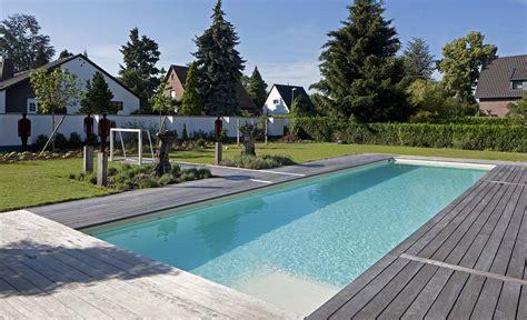 Pool Im Garten by Schwimmvergn 252 Pur Pool Magazin