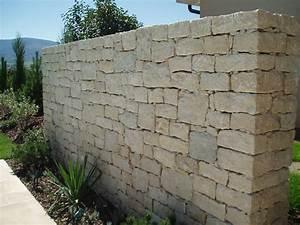 Outillage Taille De Pierre : boegli jardins moutier grandval roches pierre de taille ~ Dailycaller-alerts.com Idées de Décoration