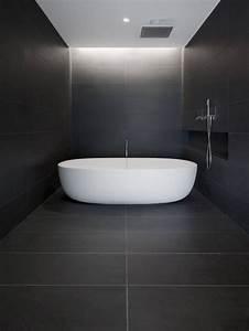 Faience Blanche Salle De Bain : salle de bains noire et blanche maison design ~ Dailycaller-alerts.com Idées de Décoration