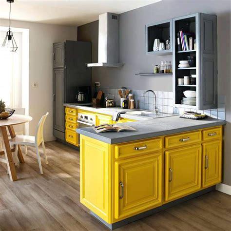 buffet cuisine jaune