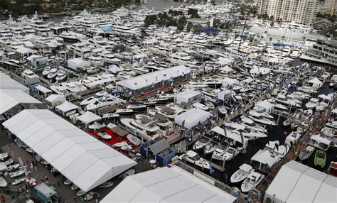 Boat Show Hotels by As Boat Show Nears Ticket Sales And Hotel Bookings Strong