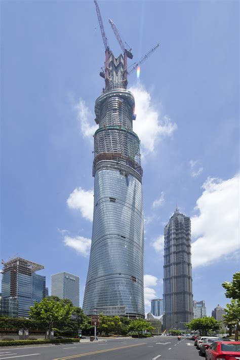shanghai tower tallest building  china  architect
