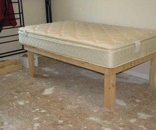 cheap easy  waste platform bed plans diy platform