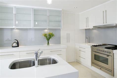 designer glass splashbacks for kitchens what are the benefits of a glass kitchen splashback 8665