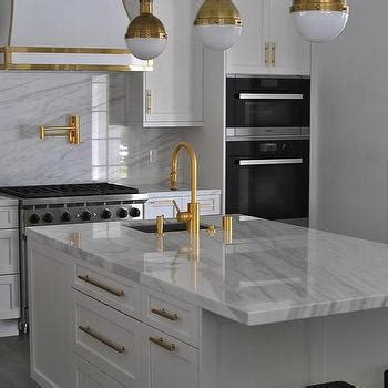 White Kitchen Gold Eye by White And Gold Kitchens Design Ideas