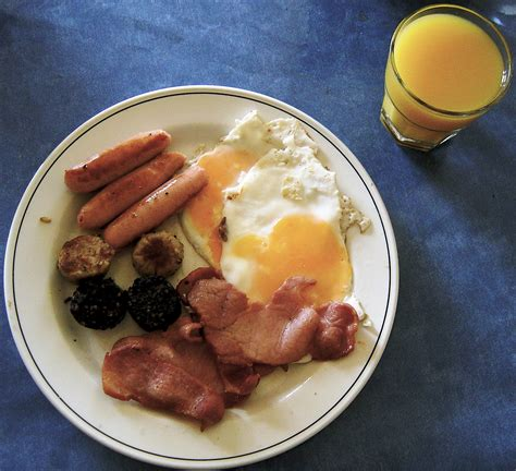 cuisine irlandaise traditionnelle file breakfast jpg wikimedia commons