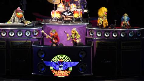 picture   electric mayhem muppets