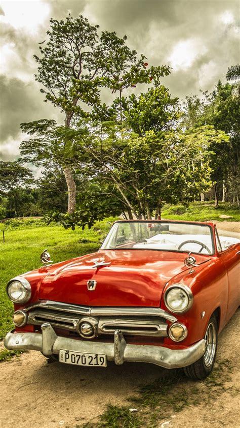Cuba Red Vintage Car Wallpaper 720x1280
