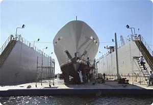 Rybovich Hauls Out Trinity Charter Yacht MI SUENO On