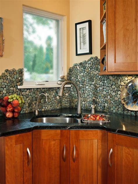 llamativos frentes de cocina en diversos materiales