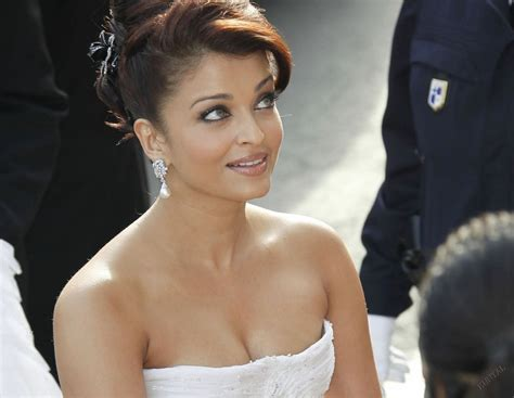 Aishvarya Rai Nude Bollywood Pic Adanih Com