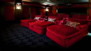 Upholstered chaise lounge, luxury home theater design home